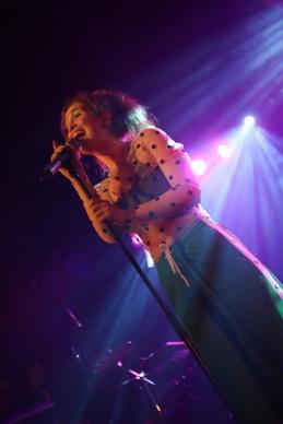 Rae Morris15